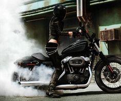 What's better than a Harley-Davidson Motorcycle on a hot sunny summer day? How about Victoria's Secret super-model Marisa Miller? Marisa Miller is part Marisa Miller, Karting, Biker Chick, Biker Girl, Motos Harley, Harley Nightster, Hd Sportster, Bobber Custom, Custom Bikes