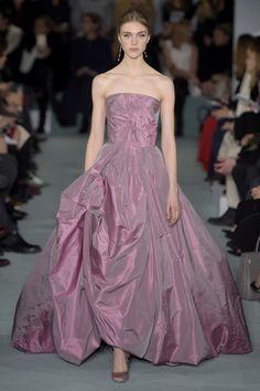 Oscar de la Renta RTW Fall 2016 - the colour of this beautiful fabric!  Shot taffeta maybe?