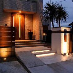 Entrance Lighting, Garage Doors, Mansions, House Styles, Garden, Outdoor Decor, Home Decor, Houses, Garten