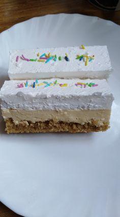 Kávovo karamelový rez... Vanilla Cake, Food And Drink, Vanilla Sponge Cake