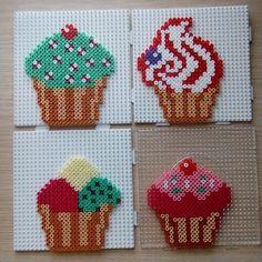 Cupcakes hama beads by manualidadesvictoria