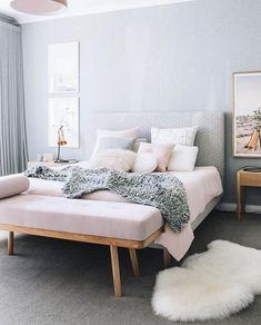couleur de chambre bleu clair cosy pastel rose fourrure
