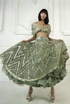 Dress Indian Style, Indian Dresses, Indian Outfits, Indian Wedding Outfits, Indian Weddings, Wedding Dresses, Designer Bridal Lehenga, Bridal Lehenga Choli, Manish Malhotra Bridal Lehenga