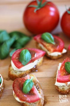 Fast Bruschetta made with salad dressing