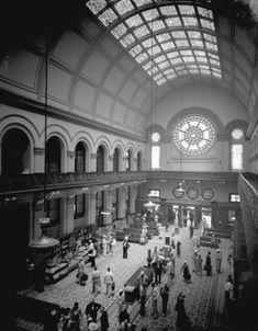 Union Station, Louisville, Kentucky, interior, 1936. :: Caufield & Shook Collection