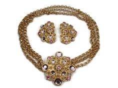 Hey, I found this really awesome Etsy listing at https://www.etsy.com/listing/524728006/jose-barrera-for-avon-necklace-set-3