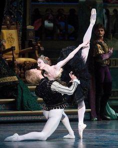 "GILLIAN MURPHY and DAVID HALLBERG ""Swan Lake"", American Ballet Theatre Photographer Gene Schiavone"
