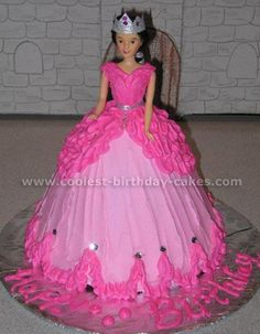 barbie cakes on Pinterest | Barbie Cake, Doll Cakes and Barbie ...