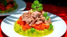 Супер полезный салат - сохраняет молодость и придает хорошее настроение! Готовится он очень быстро, а съедается мгновенно. Попробуйте!