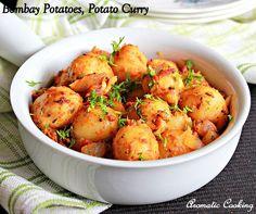 Bombay Potatoes, Potato Curry, Side Dish for rotis or rice, Urulai Kizhangu Curry