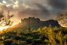 superstition mountains arizona sunrise