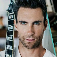 Adam Levine - Im melting watching you on the Voice Beautiful Boys, Gorgeous Men, Hello Gorgeous, Beautiful People, Adam Noah Levine, Adam Levine Hair, Star Hollywood, Short Hair Man, Male Models