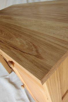 Computer desk made from oak by davidtowers.biz