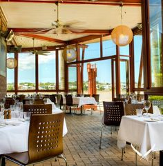 Eves on the River is the perfect place to share an intimate dinner, casual lunch or a relaxed breakfast. River Restaurant, Restaurant Design, Brisbane Restaurants, Brisbane River, Teneriffe, Stunning View, Fun Drinks, Perfect Place, Patio