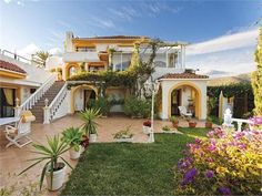 5 Bedroom Villa In Marbella, Spain (MD3777846) -  #Villa for Sale in Malaga, Andalucia, Spain - #Malaga, #Andalucia, #Spain. More Properties on www.mondinion.com.