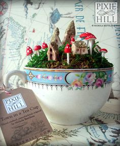 Miniature Mossy Fairy Town in a Teacup Filled with Moss, Faerie Whimsy and Dreamy Delight Miniatur M Fairy Garden Houses, Garden Art, Garden Design, Fairy Land, Fairy Tales, Ideias Diy, Paperclay, Miniature Fairy Gardens, Dream Garden