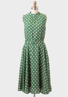 Alyssa Belted Polka Dot Dress at #Ruche @Mimi ♥♥    Two of my favorite things: polka dots and the color green!
