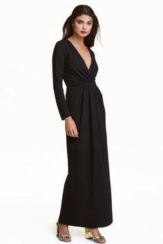 Vestido largo con escote en V | H&M