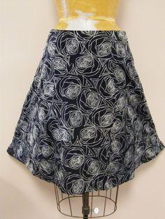 *SPRING* Black and White WHITE+WARREN 100% Silk Rose Print Skirt sz Small 6/8 #WhiteWarren #ALine