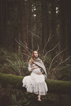 Beautiful Forest Maternity Photos  @Yuliya Fedosov let's do this!!! I know the perfect place too