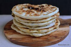 Romanian Food, Pizza, Goodies, Food And Drink, Cooking Recipes, Bread, Breakfast, Mini, Sweet Like Candy