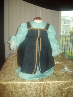 Complete all in one girl's Renaissance costume by MladysCoutorier, $22.95