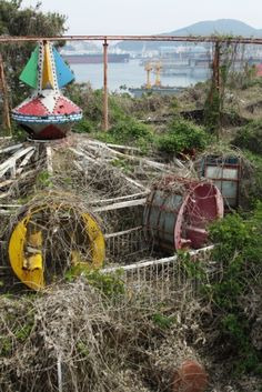 Can you believe that once upon a time people used to actually ride that? it's amazing how things change over time