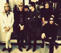THE VELVET UNDERGROUND & NICO (1967) - 50 años en la catacumbas del rock http://www.woodyjagger.com/2017/03/the-velvet-underground-nico-1967-50.html