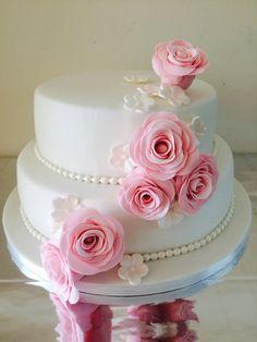 Wedding Cake Two Tier, Wedding Cakes With Cupcakes, Wedding Cake Decorations, Wedding Cake Designs, Beautiful Birthday Cakes, Beautiful Cakes, Fondant Cakes, Cupcake Cakes, Birthday Cake Greetings
