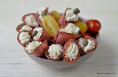 6 rețete de aperitive rapide reci pentru platouri festive românești tradiționale | Savori Urbane Lidl, Sweet Cakes, Fruit Salad, Food Inspiration, Acai Bowl, Breakfast, Meal, Ham, Kitchens