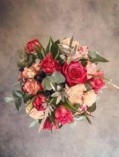 #flower #flowers #pink #red #white #roses #basket #compozition #elegant #style #love #flowerdesign #florist #flowershop #kwiat #kwiaty #roz #czerwien #biel #roze #kompozycja #koszyk #elegancki #styl #miłość #kwiaciarnia #manufakturakwiatow