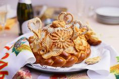 Why do Ukrainians honor bread so much? Discover the world of traditions Barley Flour, Bread Art, Ukrainian Recipes, Piece Of Bread, Good Ol, Themed Cakes, Baked Goods, Tasty, Homemade