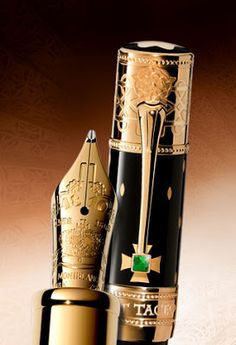 Only 888 of these beautiful Mont Blanc Elizabeth I fountain pens have been made. They are true pieces of art that would make a fantastic signing pen for the more successful among us. Expensive Pens, Graf Von Faber Castell, Luxury Pens, Best Pens, Calligraphy Pens, Elizabeth I, Dip Pen, Writing Pens, Fountain Pen Ink
