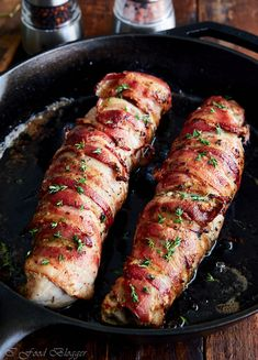 flavorful from fresh thyme, garlic and shallots, this pan-seared bacon-wrapped pork tenderloin is tender inside, with a crispy bacon skin. Would recommend using some butchers twine to hold the bacon in place during rotating in the pan. Turkey Tenderloin Recipes, Bacon Wrapped Pork Tenderloin, Cooking Pork Tenderloin, Pork Chops, Pan Seared Pork Tenderloin, Roast Brisket, Bacon Recipes, Cooking Recipes, Game Recipes