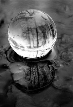 Glass, spheres, reflecting, meditating, pools.. ideas, ideas    https://sphotos-b.xx.fbcdn.net/hphotos-snc6/183106_377671829010796_762279089_n.jpg