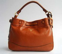 Prada 7991 Attractive Design Ladies Bag in Light Coffee