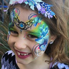 leyla shemesh facepainting and Henna ציור פנים וחינה לילה שמש