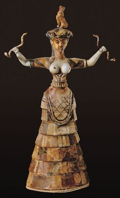 The Snake Goddess was one of the Minoan gods. She was also called the Household Goddess due to the snake being connected to the welfare of the Minoan household. The Snake Goddess leads many to believe women dominated Minoan culture. Greek History, Ancient History, Art History, Ancient Goddesses, Gods And Goddesses, Ancient Greek Art, Ancient Greece, Knossos Palace, Minoan Art