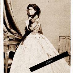 Deze foto heb ik nog nooit gezien maar het lijkt om Elisabeth te gaan. Iemand enig idee?