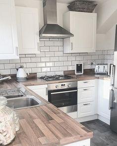 Kitchen Room Design, Kitchen Dining, Kitchen Decor, Kitchen Ideas, Decor Interior Design, Interior Decorating, Interior Ideas, Minimal Home, Kitchen Pictures
