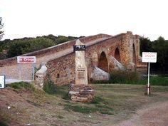 Puente de la Vizana, sobre el río Órbigo.