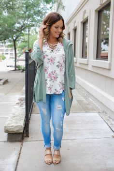 Don't hurry home when the breeze picks up. Throw on a lightweight sweater! Our Running Wild Cardigan is the perfect cardigan to have in your arsenal. It is a half sleeve, waffle knit hooded cardigan w