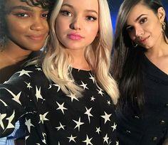 Dove Cameron Sofia Carson And China Mcclain On Disney Channel Instagram Descendants Cast
