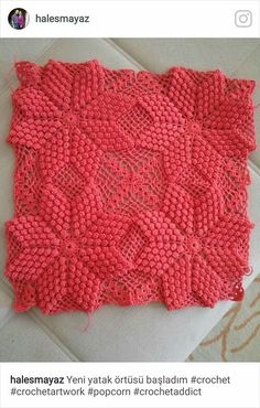 I hope everyone's a good weekend Umarım herkesin güzel bir haftasonu olur crochê crochets crochetconcupiscence crochetgirlgang crochetlove crochetgoodness madewithlove hekle hekledilla instadaily jeddah ganchillo uncinetto örgü Crochet Pillow Cases, Crochet Cushion Cover, Crochet Pillow Pattern, Crochet Bedspread, Crochet Cushions, Granny Square Crochet Pattern, Crochet Tablecloth, Crochet Art, Afghan Crochet Patterns