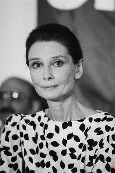 Audrey Hepburn - ageless beauty.