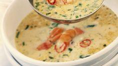 Scharfe Suppe mit Meeresfrüchten und Rosmarin |