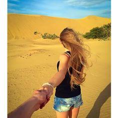 Hasta esta pareja dando un paseo por el desierto más grande de la costa del Caribe. | 26 Fotos de Instagram que harán sentir orgulloso a cualquier venezolano
