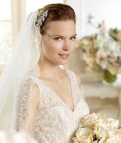 MUDEJAR » Wedding Dresses » 2013 Fashion Collection » La Sposa (close up)