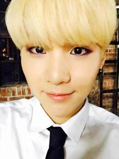 BTS Tweet -- Suga (Selca) 150623 -- 배고팡 -- [tran] I'm hungry Trans cr; Hyejin @ bts-trans