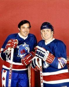 Frank Mahovlich & Paul Henderson as Toronto Toros Stars Hockey, Women's Hockey, Hockey Games, Hockey Players, Baseball, Football, Hockey Highlights, Hockey Shot, Sports Personality